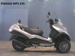 PIAGGIO MP3 250